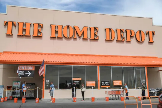Home Depot Coronavirus Lines - Tropical Storm Gonzalo Expected to Become Hurricane